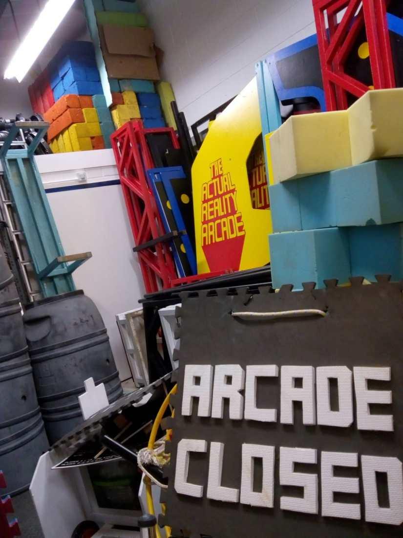 arcade closed